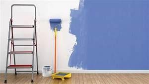 Peindre sur un mur humide