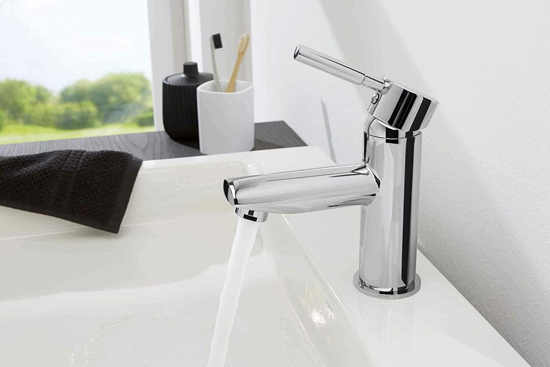 comment remplacer un robinet de salle de bain