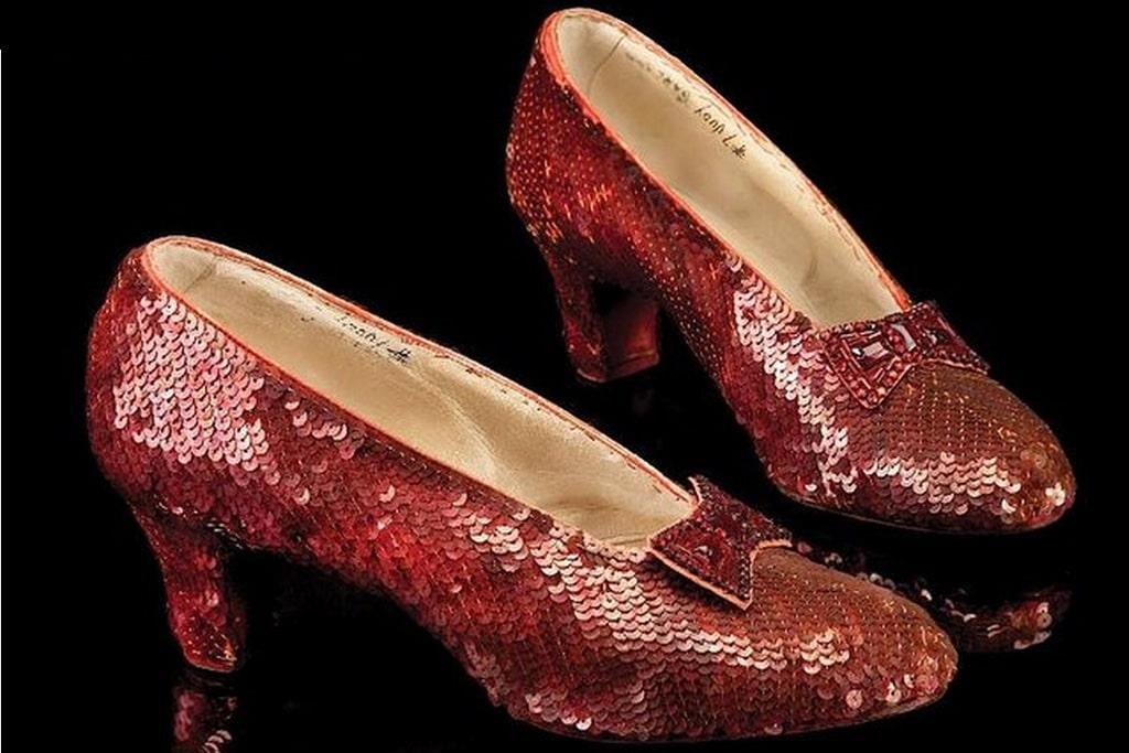 Les chaussons rouges rubis originaux de «Le magicien d'Oz»