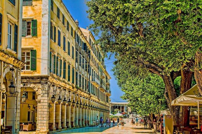 Promenez-vous dans la vieille ville
