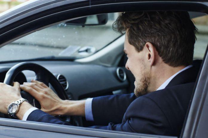 Rage au volant et comportement de conduite agressif