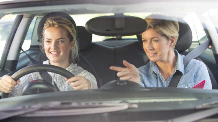 Règles de conduite pour votre nouveau conducteur adolescent