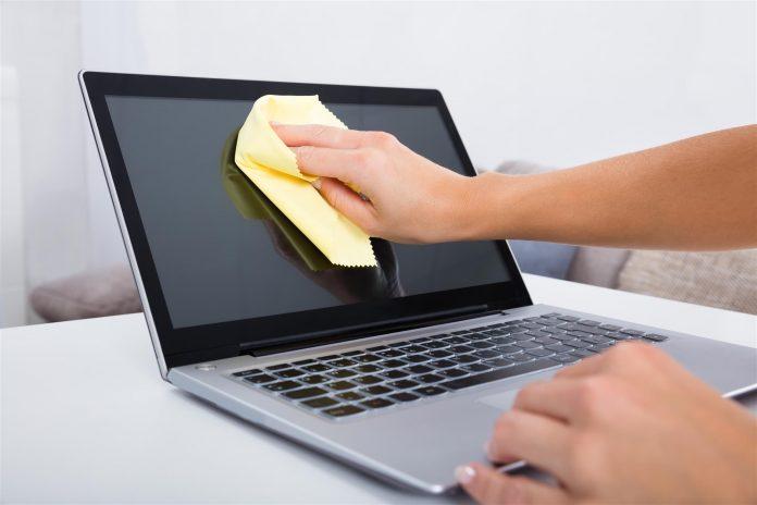 Comment nettoyer un écran d'ordinateur portable?